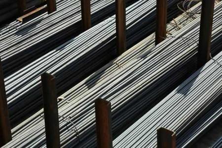 رشد افسارگسیخته قیمت فولاد.
