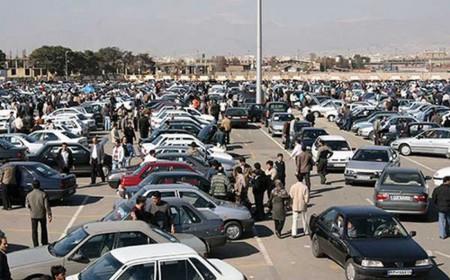 پیشبینی قیمت خودرو تا بعد ماه صفر؛ دلار تعیینکننده روند بازار خودرو است.