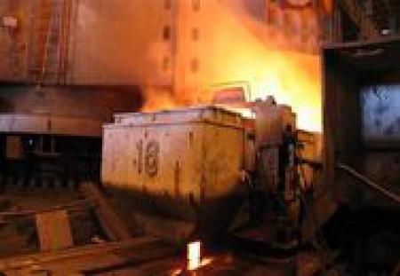 معاون وزیر صمت: بازار فولاد با عرضه در بورس ساماندهی میشود