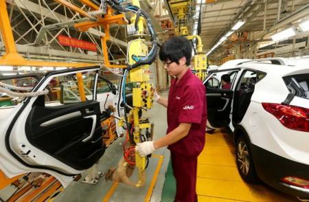 قرارداد ایران و چین به نفع صنعت خودروسازی است؟