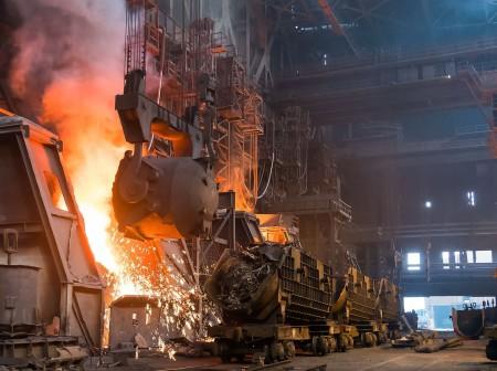 مدیرعامل فولاد خوزستان: هر تن فولاد تولید داخل ۲۵ درصد وابستگی خارجی دارد.