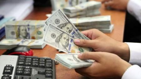 قیمت دلار و یورو شنبه ۲ آذر ۹۸/ عقب گرد دلار در کانال ۱۱ هزار تومان