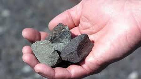 معاون وزیر صنعت، معدن و تجارت: نگرانی برای تامین سنگآهن نداریم.