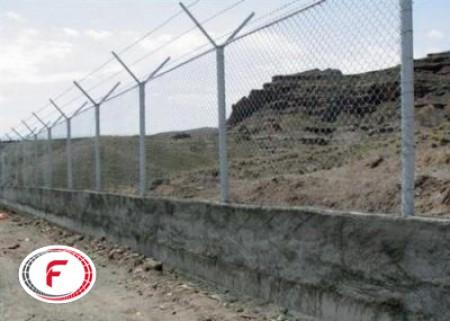 پایه فنس یا تیر حصار چیست؟