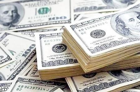 دلار بمبی است که هر لحظه ممکن است منفجر شود.