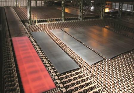 گله رئیس اتحادیه فروشندگان آهن: چرا بازار ورق در اختیار یک عده خاص است؟