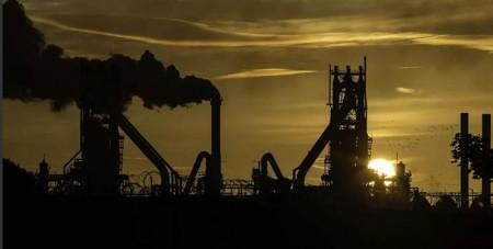 کارخانههای فولاد انگلیس در معرض تعطیلی