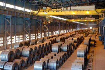 کاهش شدید تعرفه واردات انواع ورق گرم و سرد فولادی.