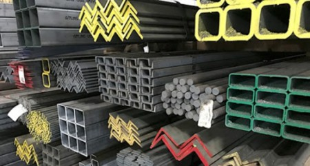 بازار آهن فعلا در برابر رشد قیمت مقاومت میکند .