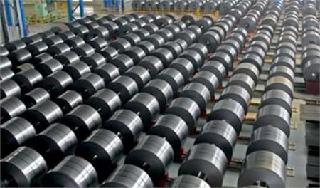 مقصر بازار سیاه فولاد کیست؟/ معاون وزیر صمت: مشکل، وجود تقاضاهای سوداگرانه است.