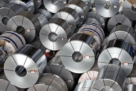صادرات فولاد ممنوع نیست.