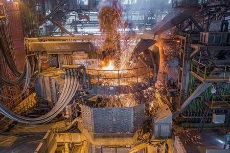 بی ثباتی اقتصادی ریشه اصلی رانت در زنجیره فولاد است