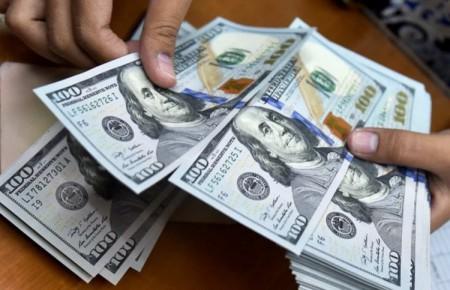 سرعت رشد دلار کم شد / جذابیت سکه برای معاملهگران