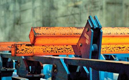 رهگیری انتظارات در تقاضای فصلی فولاد.