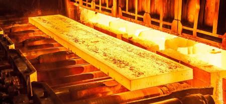 سایه سنگین رکود در بازار فولاد.