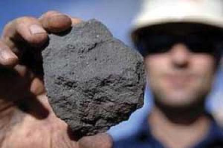 قیمت سنگ آهن همچنان صعودی است/ سنگآهن با عیار ۶۵ درصدی از مرز ۲۲۰ دلار عبور کرد.
