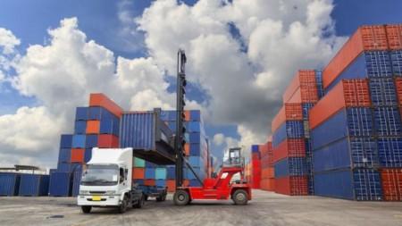 صادرات با کارتهای اجارهای در مرزهای عراق ادامه دارد
