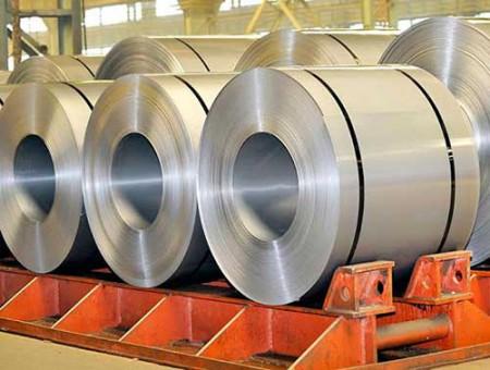 علت افزایش قیمت فولاد از زبان رئیس اتاق بازرگانی یزد.