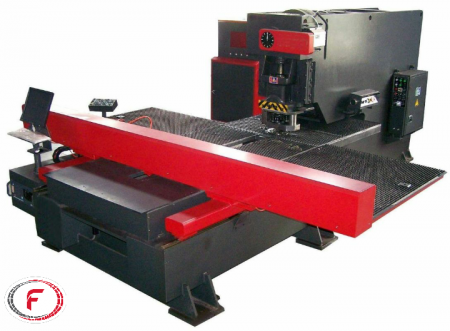 دستگاه پانچ CNC