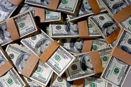 قیمت دلار و یورو امروز یکشنبه 17 آذر 98/ بازار ساز دلار 13 هزار تومانی عرضه کرد