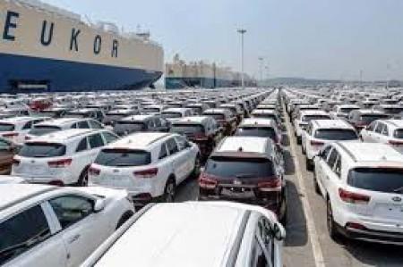ترخیص هزار دستگاه خودرو وارداتی در گمرک رقم خورد