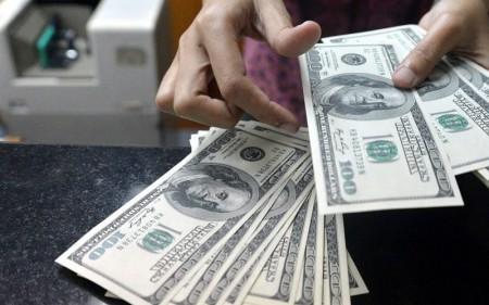 دلار مجدداً از مرز ۱۲هزار تومان عبور کرد